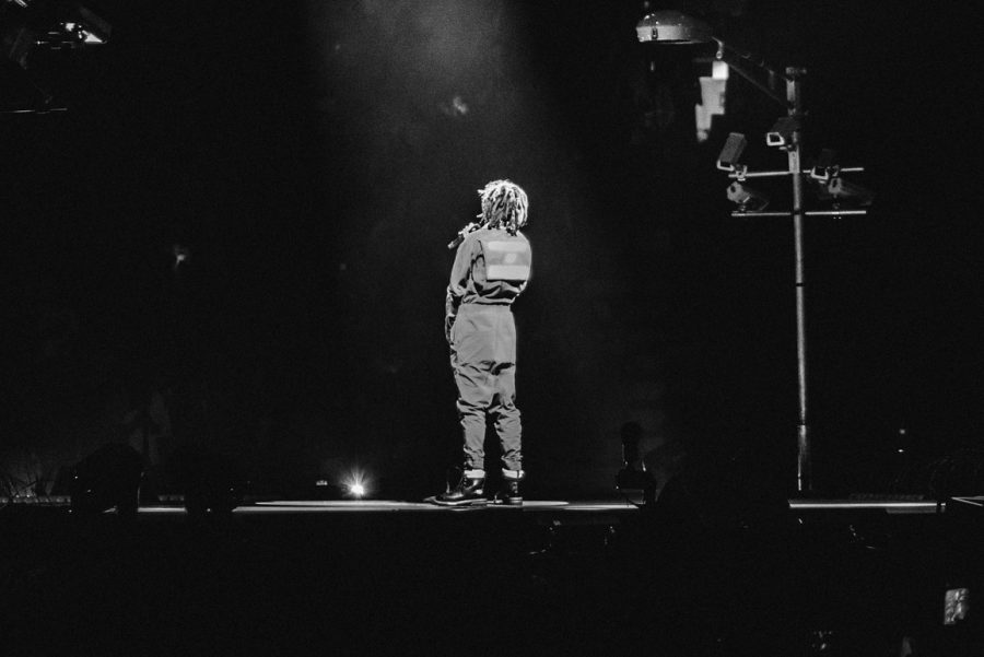 Cole+performing+in+Toronto+during+4+Your+Eyez+Only+Tour+in+2017