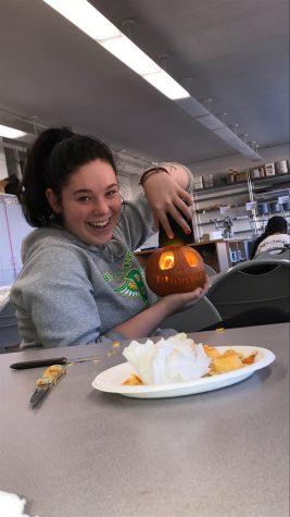 Lauren Lindbald Carving Pumpkins