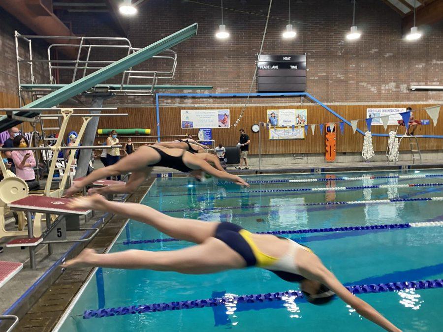 Girls Swim Team Dive Into New Season